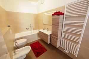 Ein Badezimmer in der Unterkunft Rennweg 1 by Nikolax