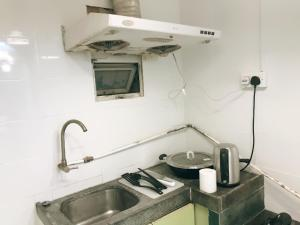 A bathroom at Spacious 5 rooms apartment for 1 to 10 people