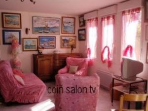 Coin salon dans l'établissement House Ancinnes - 6 pers, 120 m2, 4/3 1
