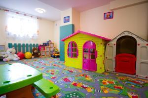 Klub dla dzieci w obiekcie Bellamonte Aparthotel