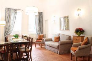 Istumisnurk majutusasutuses BorgoDeiGreci Apartments