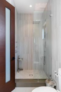 A bathroom at Villa Woody