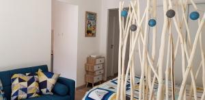 Giường trong phòng chung tại Au Citron du Cap