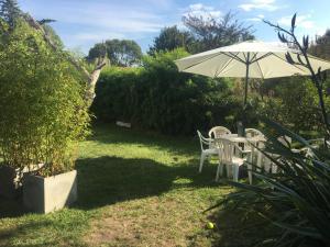 Un jardín fuera de Tierra Mora