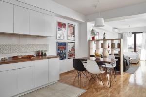 Virtuvė arba virtuvėlė apgyvendinimo įstaigoje Moodeight Apartments