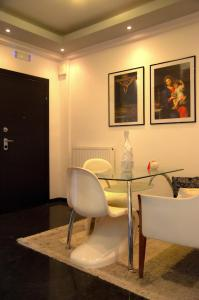 A seating area at Luxury appartment in Chios centre