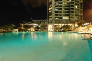The swimming pool at or near Tallest Tower SkyHomes   9 Hamilton Avenue