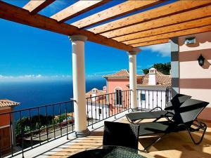 Un balcón o terraza de Apartment Village 1 bed sea view