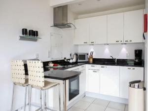A kitchen or kitchenette at Apartment Beinn Bhreac