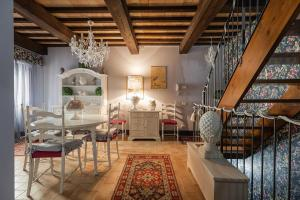 A seating area at Casa di Anita