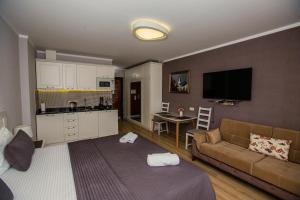 Гостиная зона в Panorama Batumi Apartments