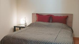 A bed or beds in a room at Athenian apartment in Kolonaki