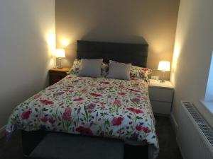 A bed or beds in a room at 108 Donnybrook Street