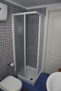 A bathroom at raro