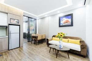 Lullaby Apartment West Lake