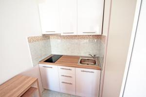 Küche/Küchenzeile in der Unterkunft Apartments Kondrić