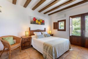 A bed or beds in a room at Villa Romero I