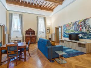 A seating area at RSH Piazza Navona Apartments
