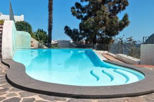 The swimming pool at or close to Hotel Residence La Villetta