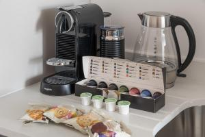 Coffee and tea-making facilities at Wilson Day Hospitality