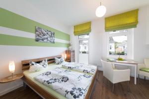 Ein Bett oder Betten in einem Zimmer der Unterkunft Haus Zobler