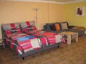 Postel nebo postele na pokoji v ubytování Apartmány včelka