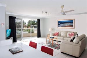 A seating area at Key Largo Holiday Apartments