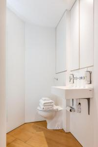 A bathroom at Oxford Circus Designer Apartment
