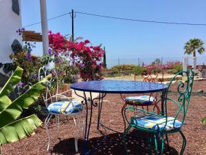 Un patio o zona al aire libre en Finca Arcoiris