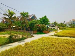 LUXURY FLOWER Villa in Hoian