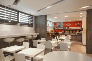 Ресторан / где поесть в Aparthotel Adagio Marseille Vieux Port