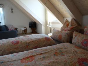 Ein Bett oder Betten in einem Zimmer der Unterkunft See - Apartment