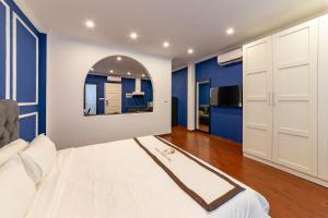 The Cranes' Home - Neoclassical Luxury Double Room