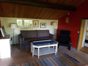 Ein Sitzbereich in der Unterkunft Stuga Lycka