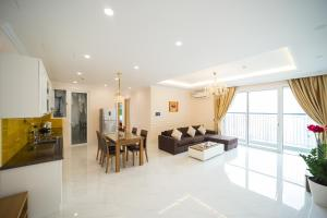 Luxury Apartment 3BDR #Seasons Avenue Sky View