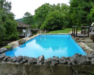 La pileta dentro o cerca de Tacheva Family House - Pool Access