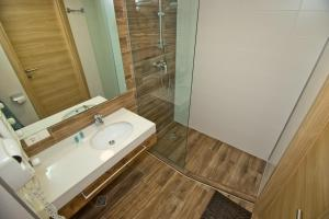 A bathroom at Orbi Bakuriani apartment 731