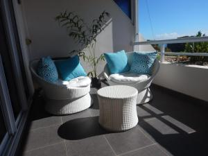 A balcony or terrace at L'alizé