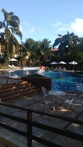 Bazén v ubytování Solar Pipa Apartments nebo v jeho okolí