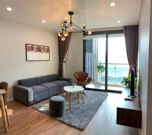 Asahi Luxstay- The Legend Apartment