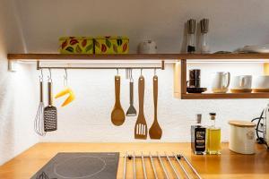 A kitchen or kitchenette at Studio City Center
