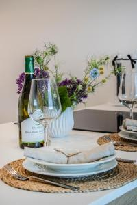 Drinks at LUXURY & BRAND NEW APARTMENT, close to Tallinn Zoo