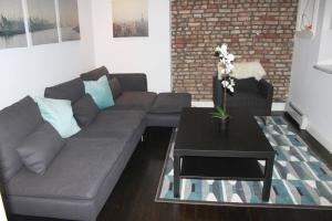 Zona de estar de Superb 3BR Apt Located Near Times Square