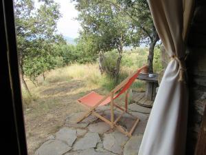 Un balcón o terraza de Casa de Piedra frente al Congost de Mont-Rebei