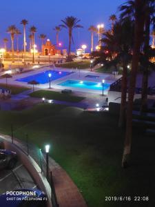 Piscina en o cerca de Precioso Apartamento a primera linea Playa