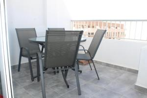A balcony or terrace at Torrevieja, 3 bedroom apartment