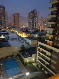 Vista de la piscina de Central Apartment Santiago BYP o alrededores