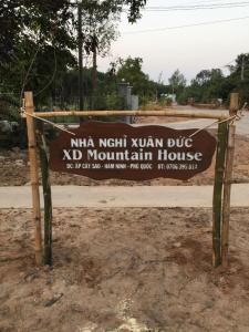 Xuân Đức Mountain House
