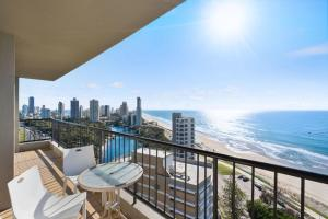 A balcony or terrace at Capricorn One, Surfers Paradise