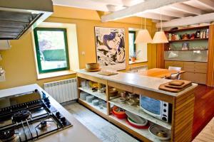 Una cocina o zona de cocina en Caserio Bitoriano